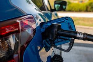 Como economizar combustível? Conheça 10 dicas fundamentais