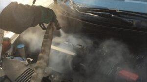 lavagem-de-motor-a-vapor