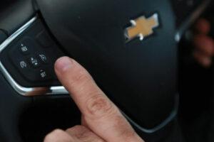 Piloto automático e limitador de velocidade: qual a diferença entre ambos?