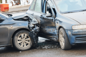 Carro batido: como identificar se o veículo já foi recuperado?