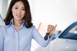 adolescente-comprar-carro